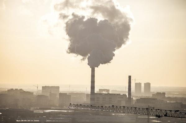 Зашкаливающие показатели загрязнения воздуха в Новосибирске фиксируются регулярно