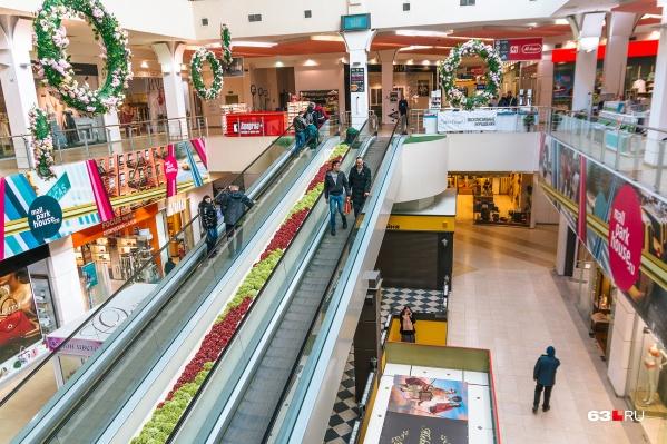 Торговые центры пока могут работать без ковид-паспортов