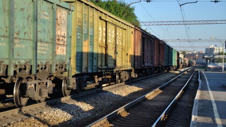 Неподалеку от станции Аппаратной поезд насмерть сбил бабушку