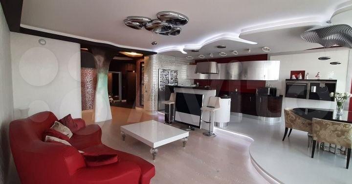 «Стиль и роскошь»: в Кемерово продают элитную 3-комнатную квартиру за 25 млн рублей. Показываем фото