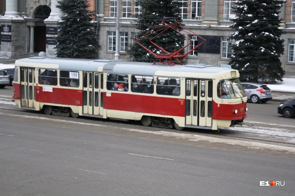 Транспортников Екатеринбурга решили проверить на наркотики и алкоголь