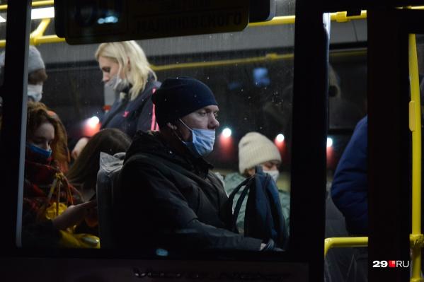 По мнению Ирины, пассажиры порой сами нарываются на грубость