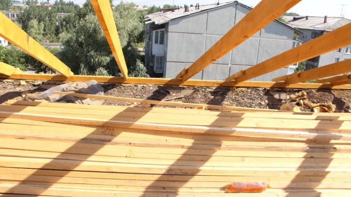 Оксана Фадина распорядилась выделить деньги на ремонт дома в Лукьяновке