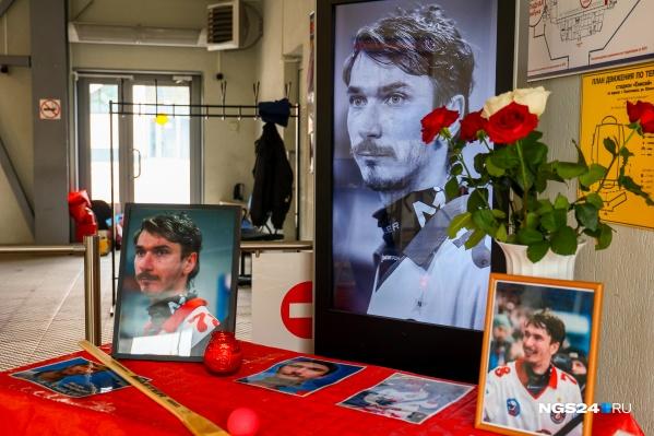 Хоккеиста похоронили 7 июня в Новосибирске
