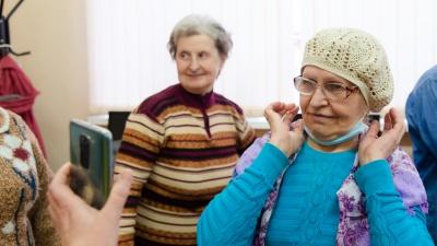 «Даже грузчиками или уборщиками не берут»: с какими проблемами в Архангельске живут люди с глухотой