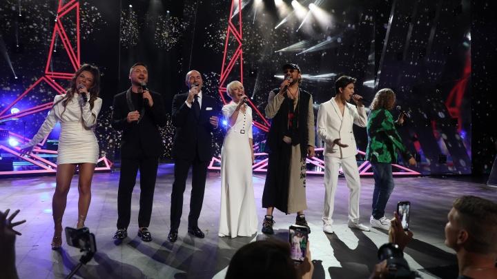 Ближе к звездам: «Ростелеком» поддержал международный конкурс молодых исполнителей «Новая волна»