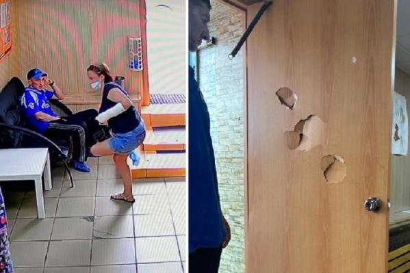 Мужчина сначала дожидался решения на диване, а после отказа начал бить кулаком по двери