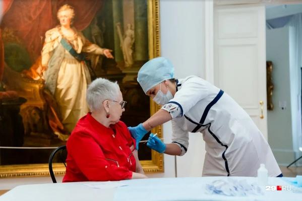 Без сертификата о вакцинации особо не разгуляешься ни в музеях, ни в театрах