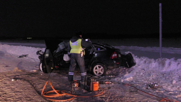 За рулем Lada, которая врезалась в КАМАЗ в Каменске-Уральском, был парень с опытом вождения два месяца