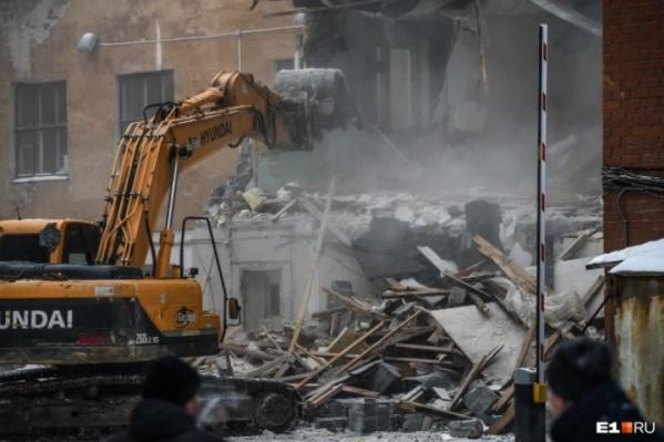 Снос здания начали 4 января
