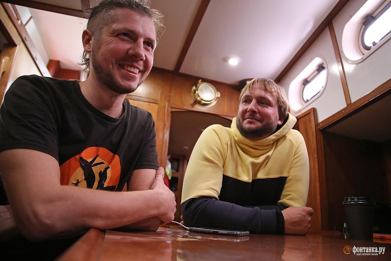 Шеф Александр Толчев и капитан Даниил Гаврилов<br /><br />автор фото Павел Каравашкин / «Фонтанка.ру»
