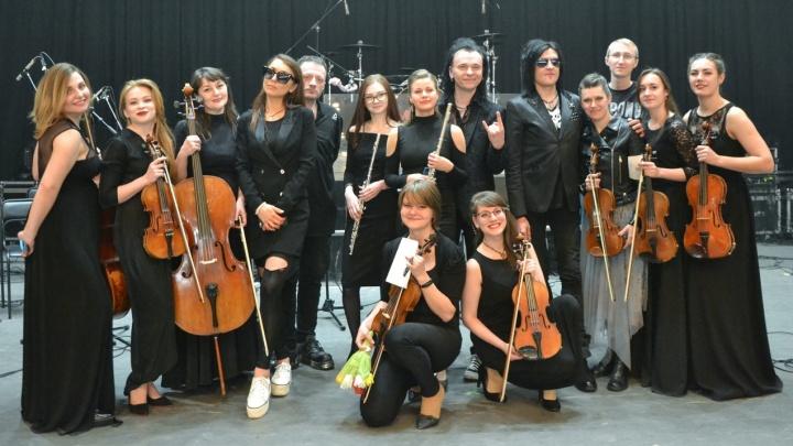 «На первом концерте я волновался». Как оркестр из Перми стал выступать с «Би-2», Сургановой и «Агатой Кристи»