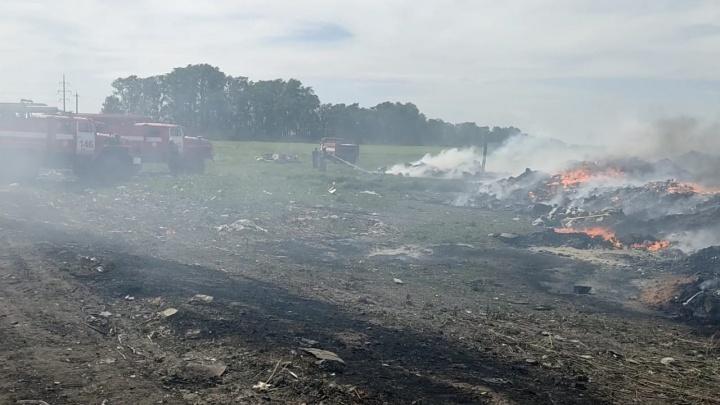 В Самарской области загорелся завод по переработке мусора