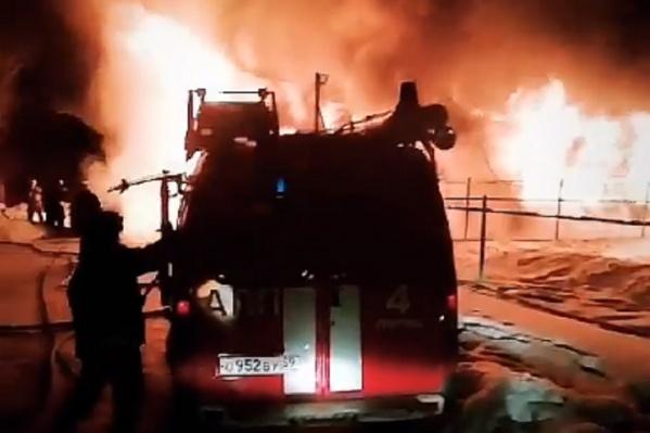Пожар был сильным, его было видно из разных концов микрорайона