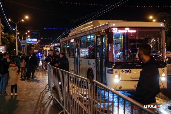 Накопление автобусов будет организовано у площади Ленина и перед Моторостроителем