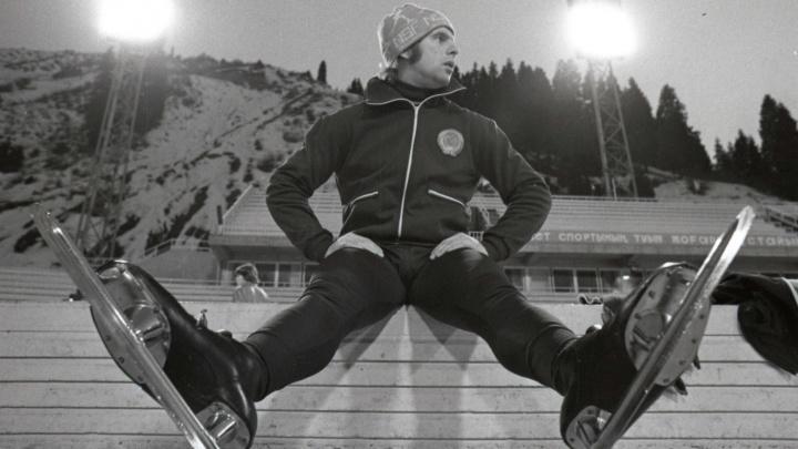 Лыжи для Китая, ролики из «Королевы бензоколонки» и подарок Дубровскому: рассматриваем трофеи челябинцев