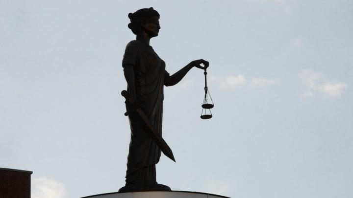 «Его ограничивает только собственная репутация». В чём разница между юристом и адвокатом?