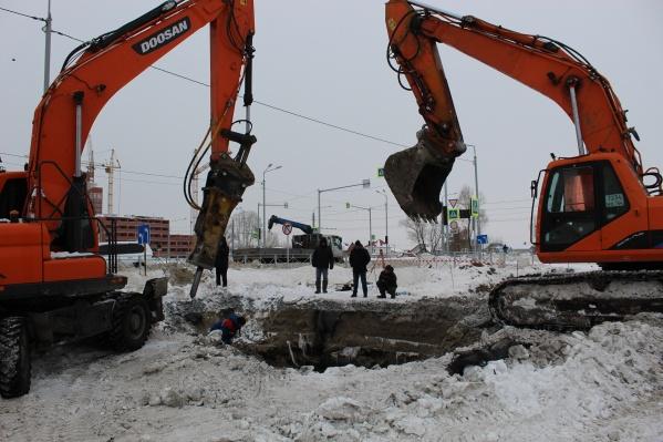 Ранее РЭС сообщала, что линию должны восстановить к 12:00. Сейчас срок продлен до 17:00