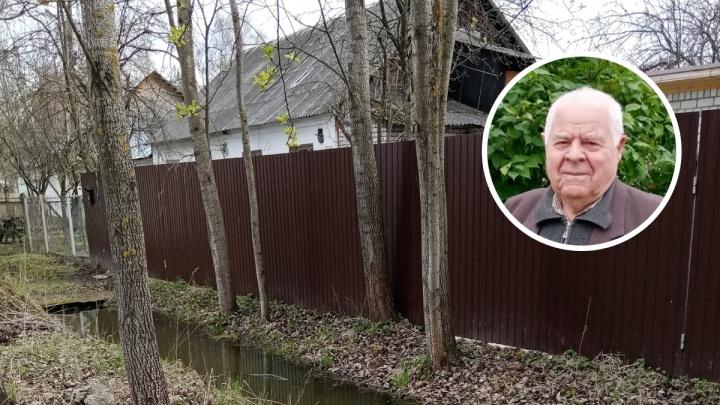 «Горько и обидно за отца»: дочь ветерана, дом которого затопило, пристыдила чиновников