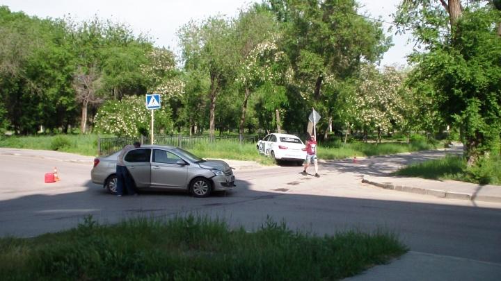 Волгоградцы требуют светофор на опасном перекрестке Краснооктябрьского района