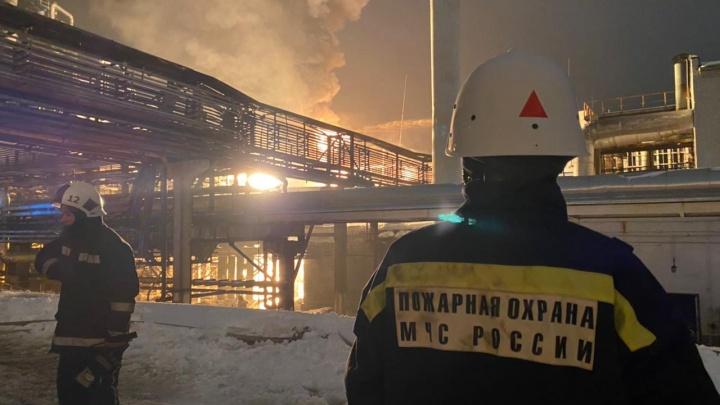 В пожаре на заводе «Уфаоргсинтез» погиб человек