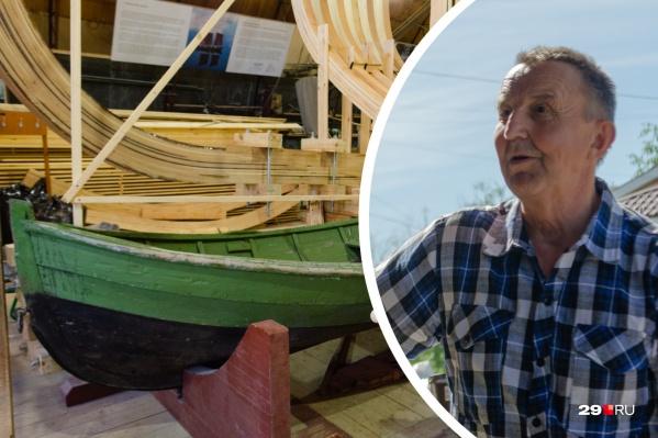 Олег Коткин захотел сшить новый карбас, чтобы продолжать традиции поморов, но ходить на нем в море законно он не может