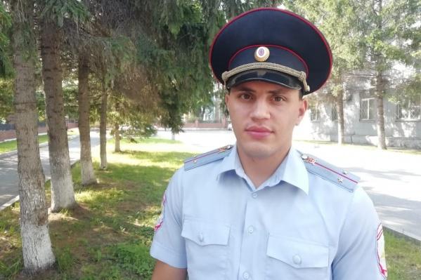 Участковый уполномоченный полиции МО МВД России «Ачинский» Тимур Корнаухов