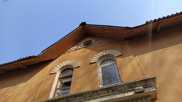 Губернатор обещал сберечь: градозащитники предрекают стройку на месте исторических зданий в центре