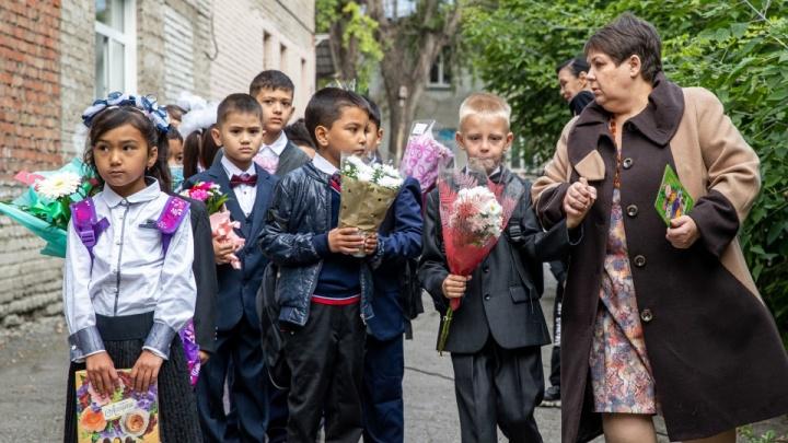 Как проходят уроки русского для нерусских: репортаж из необычной школы у Хилокского рынка