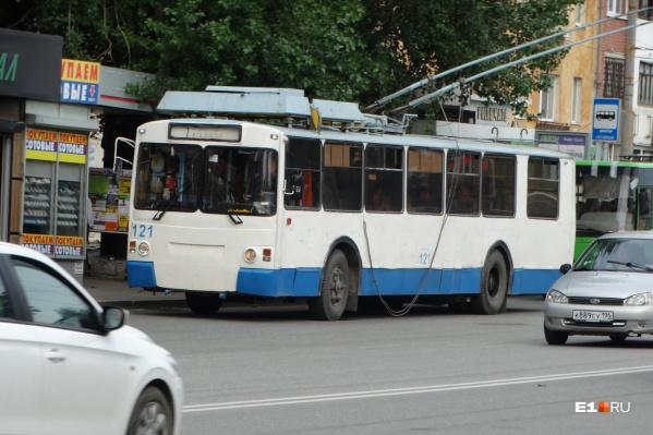 Электротранспорт Екатеринбурга остался без электричества из-за долгов