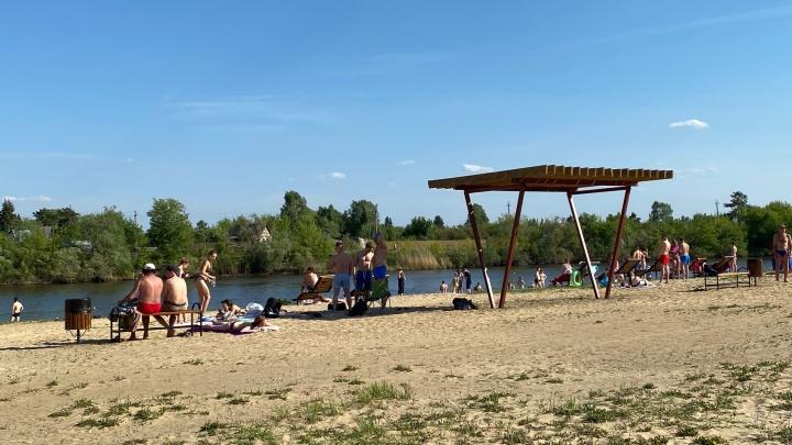 В Кургане открыли для купания пляжи «Бабьи пески» и на бульваре Солнечном