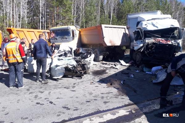 На дороге столкнулись пять машин