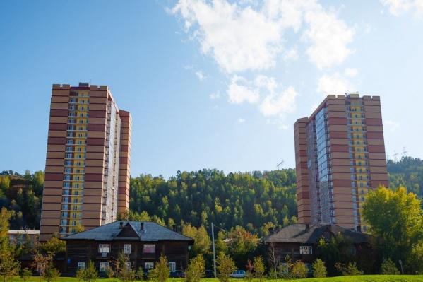 """В двух высотках в общей сложности <nobr class=""""_"""">544 квартиры</nobr>"""