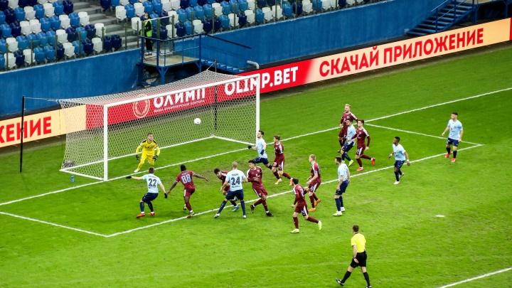 «Нижний Новгород» обыграл столичный «Велес». Местная команда — на втором месте в турнире ФНЛ