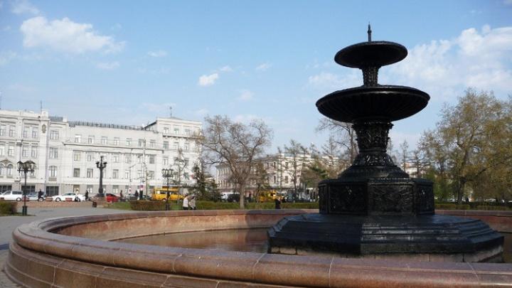 В мэрии Омска объяснили, почему в 35-градусную жару не работают фонтаны