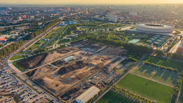 Фотограф из Краснодара снял с дрона, как идет строительство новой очереди парка Галицкого