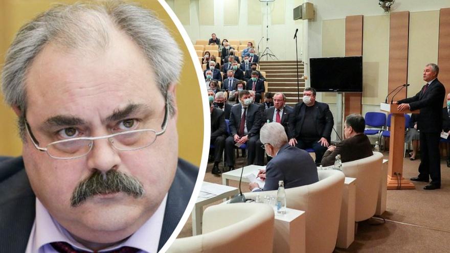 «Я этим вопросом не занимался»: красноярский депутат Госдумы проголосовал против льгот для участников ВОВ