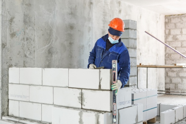 В преддверии Дня строителя аналитики «Страны Девелопмент» рассказали про перспективы в профессии
