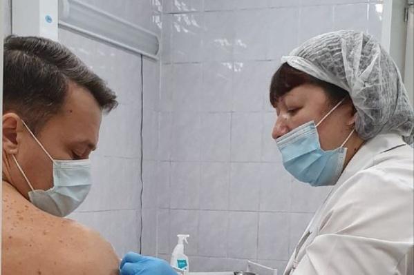 Недомогание после вакцины — это нормальная реакция организма