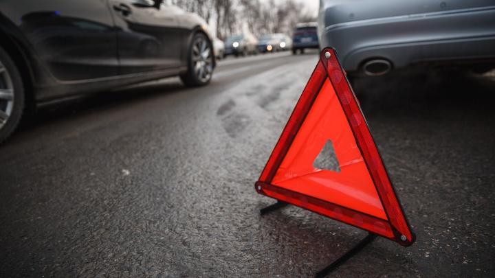 ГИБДД обязала мэрию Кемерово устранить недостатки на дороге, где больше 20 водителей попали в ДТП