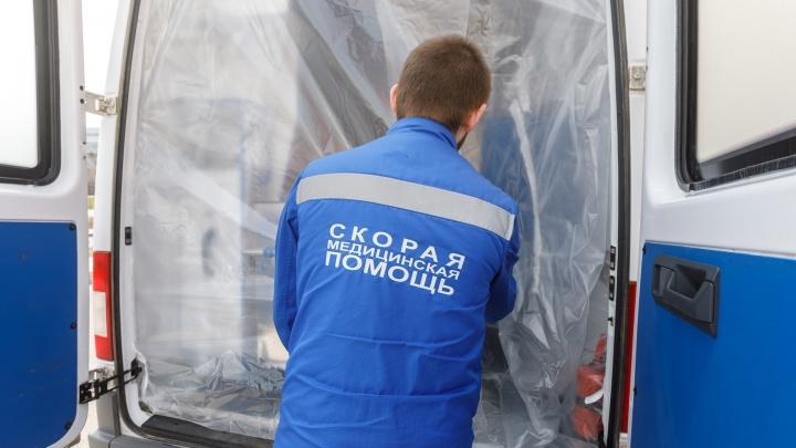 Волгоградец с двусторонней пневмонией и ковидом неделю ждет медицинской помощи в Краснодаре
