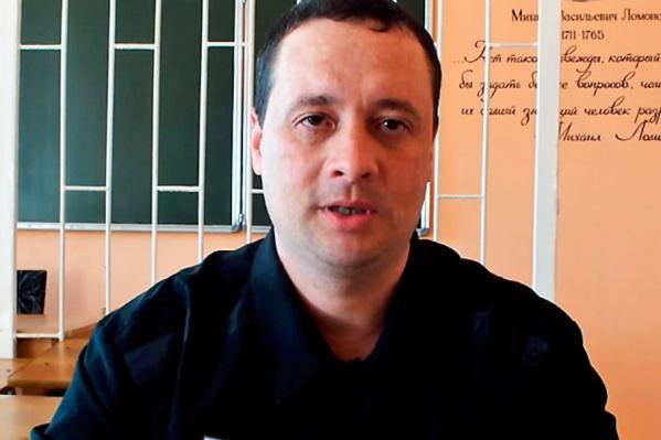 В суде Александр Демьянцев свою вину не признал. И регулярно, уже будучи в колонии, пытается обжаловать свое наказание