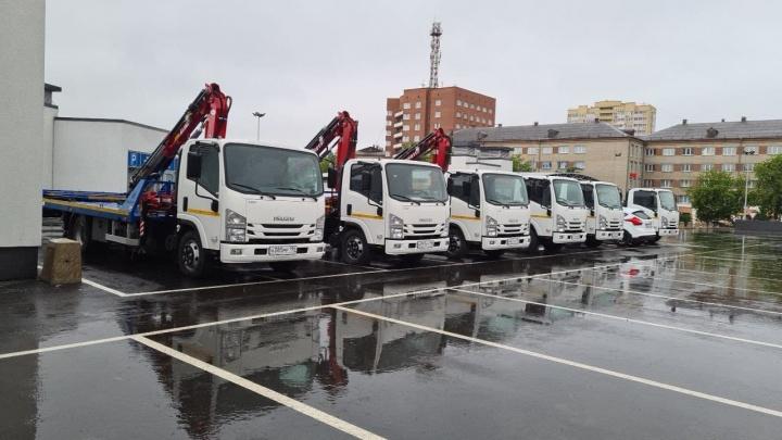 Мэр объяснил, почему в Екатеринбурге перестали эвакуировать машины