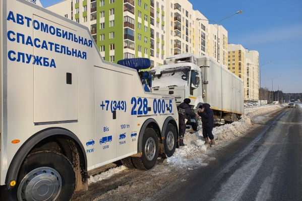 Во время уборки снега машины всех нарушителей увезут на штрафстоянки