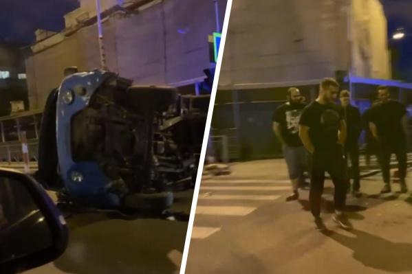 В этой аварии пострадали четыре человека