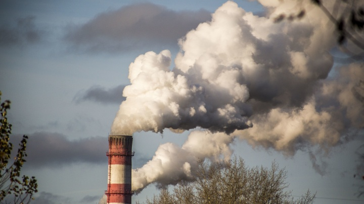Мэр Новосибирска пообещал, что сегодня включат отопление во всех домах