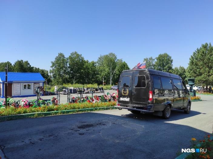 В крематории на тот момент было 60 тел, но до того, как начали привозить новые