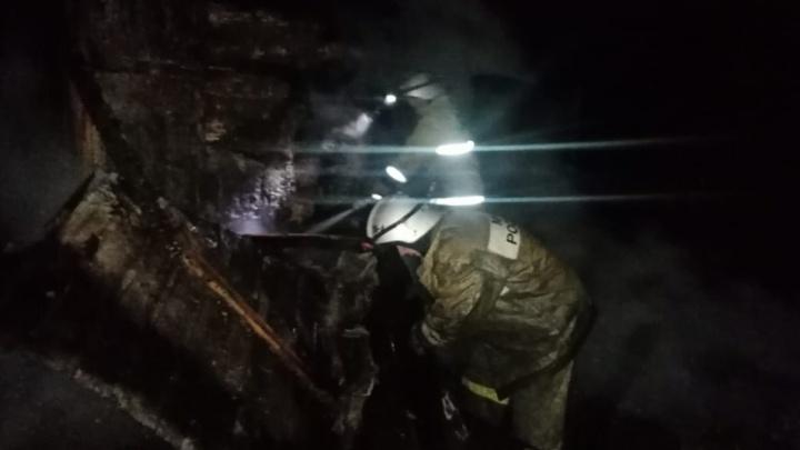 Выпивали, пока мамы нет дома: что произошло в ночь пожара в Башкирии, где погибли два человека