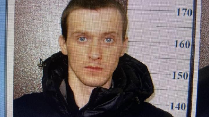 Подозреваемого в нападении на 15-летнюю волгоградку видели в Астраханской области