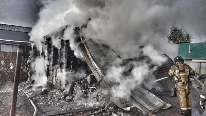 В Уфе скончался 11-летний мальчик, который пытался спасти свою сестренку из пожара